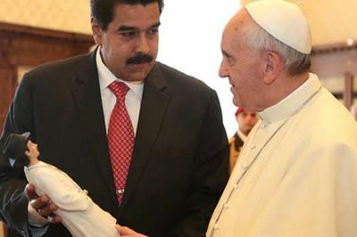 el_papa_y_el_presidente_maduro_juntos