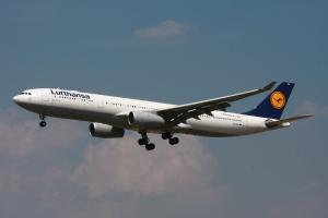 2010-06-30_A330_LH_D-AIKK_EDDF_02